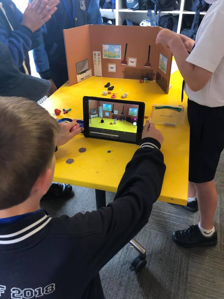 Kids Castle kids getting interactive on tablets